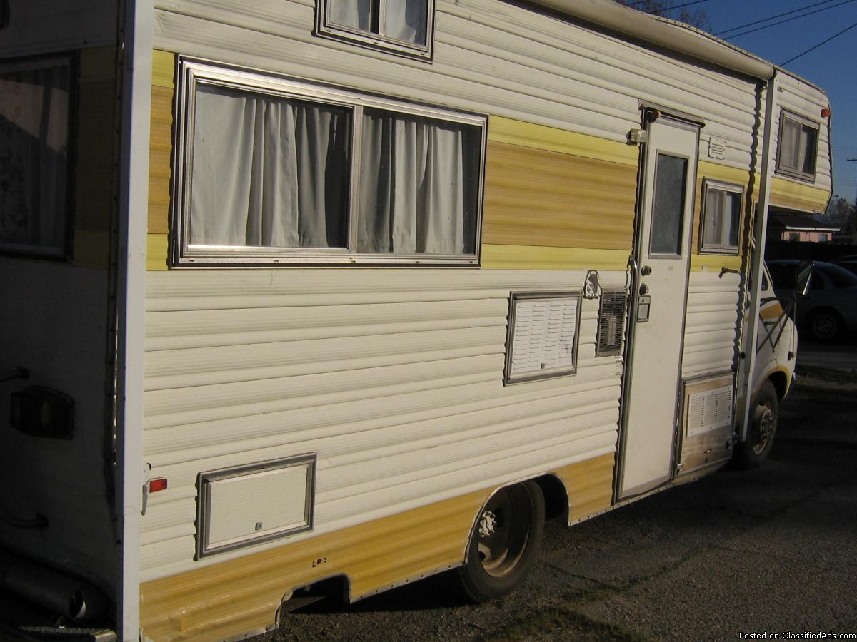 1976 Dodge Four Star Motorhome