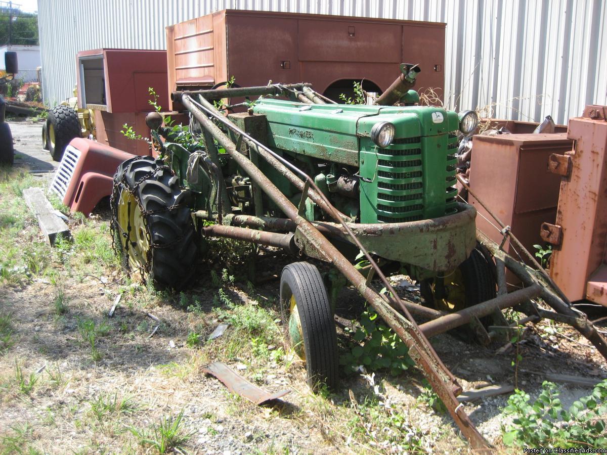 Photo John Deer tractor