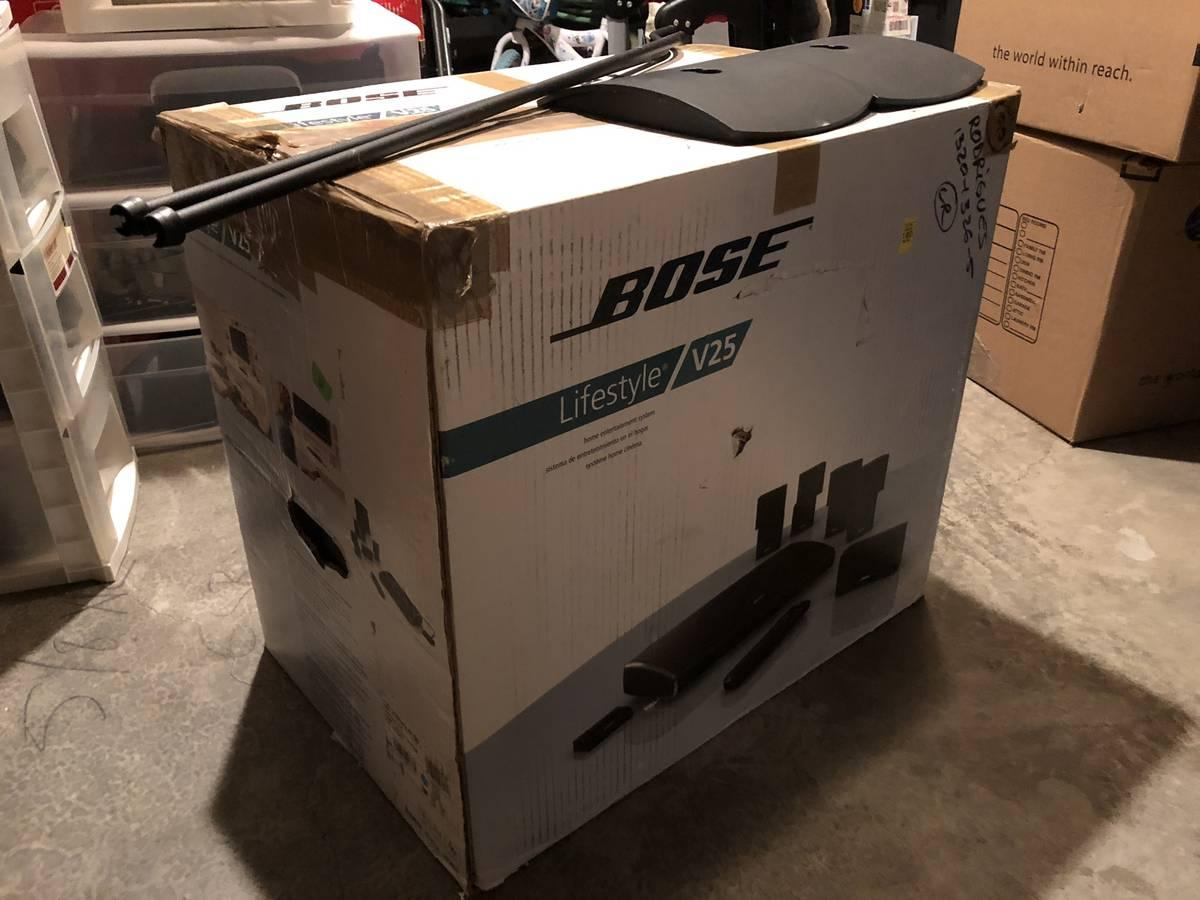 Photo [USED] Bose Lifestyle V25 5.1 Channel Home Theater System