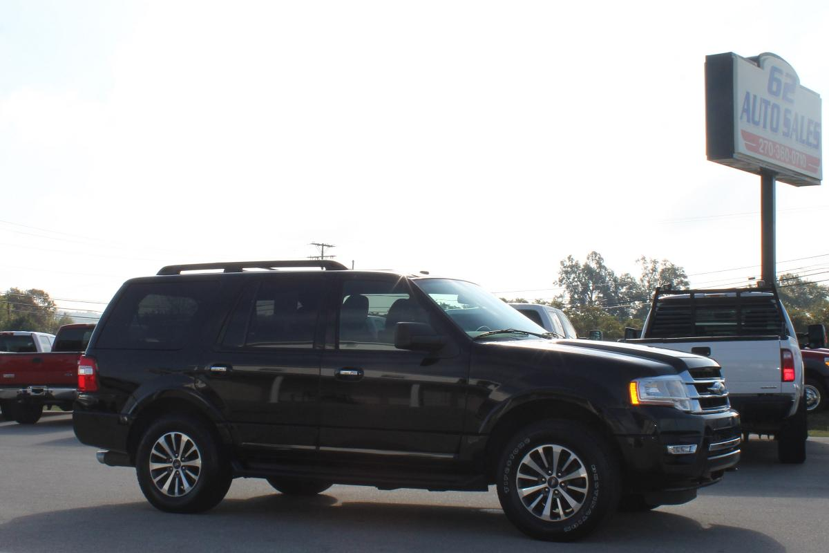 Photo 2016 Ford Expedition XLT 4x4 #TR10442