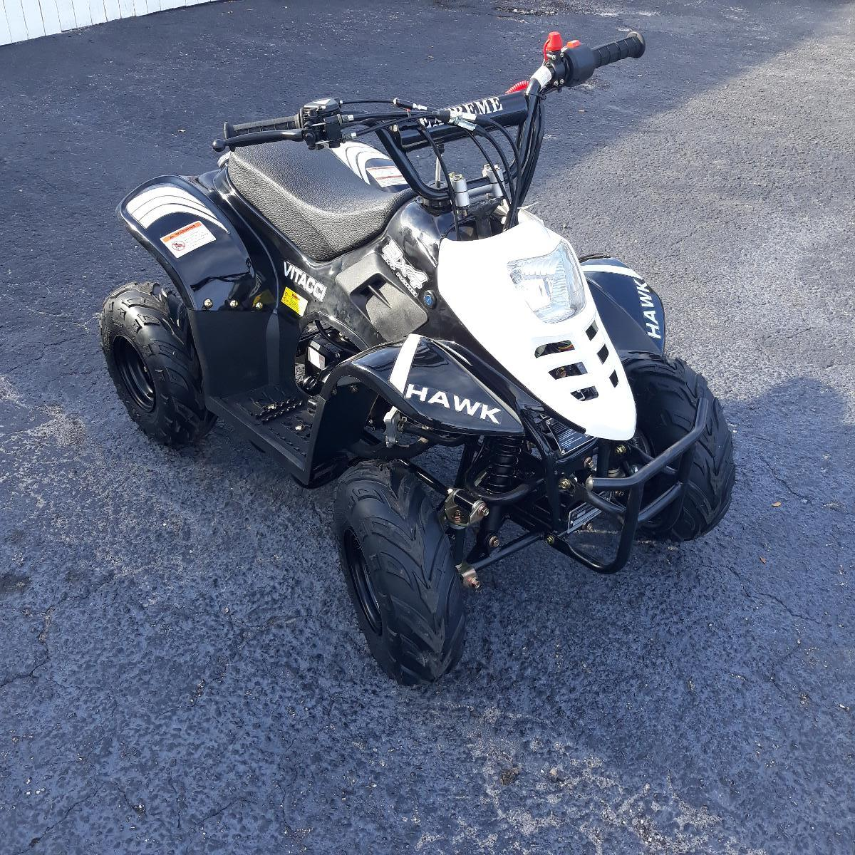 Photo Youth ATV/4 Wheeler