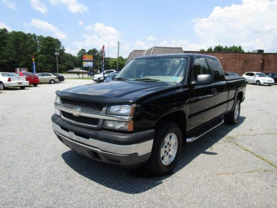 we have chevy silverado hybrid pickup 2005 used truck