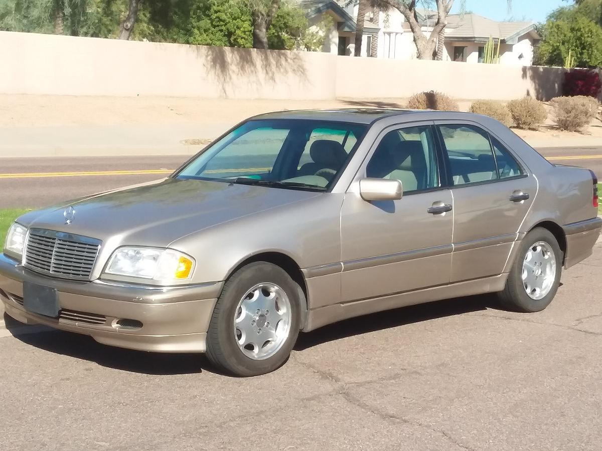 Photo 2000 MERCEDES BENZ C230 KOMPRESSOR GOLD/CREAM 1140000MILES LIKE NEW