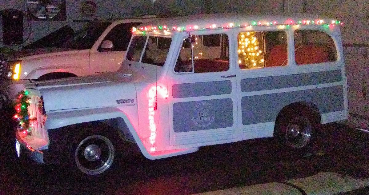 Photo 1948 WILLYS JEEP WAGONEER V8 AUTO ASKING $8500.00