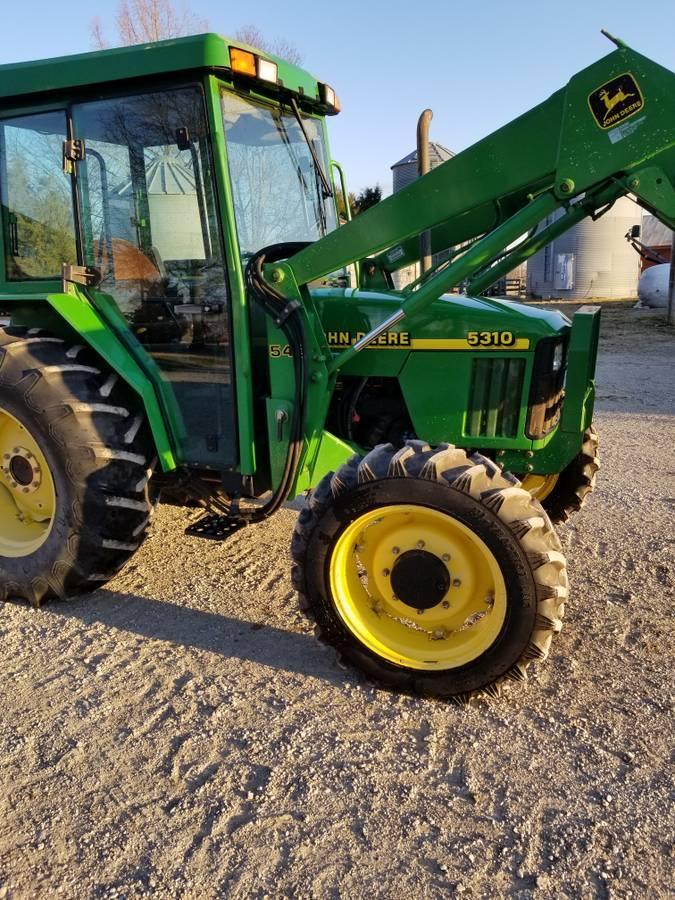 Photo 1998 John Deere 5310 Tractor