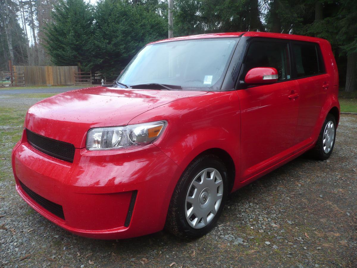 Photo 2009 Toyota Scion xB RS 6.0 Absolute Red