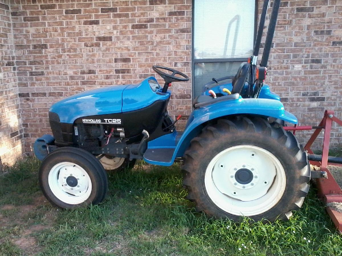 Photo for sale newholland diesel tractor