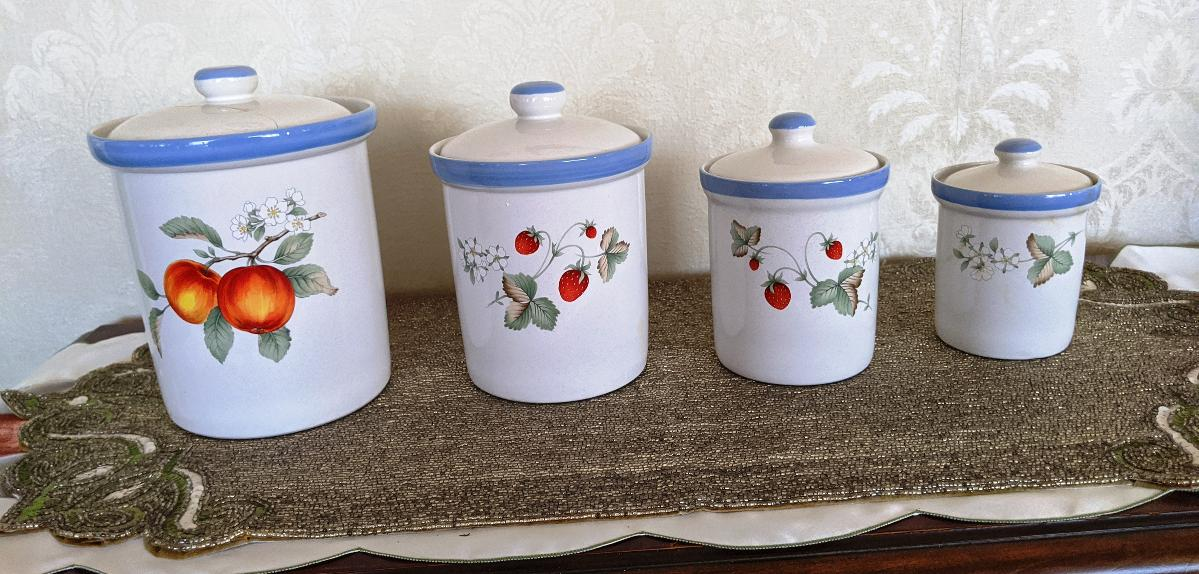 Photo Savoir Vivre Luscious Canister Set 4 Piece Set Blue White Fruit