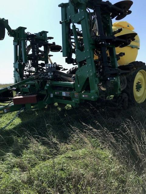 Photo 2018 John Deere 2510H Fertilizer Applicator