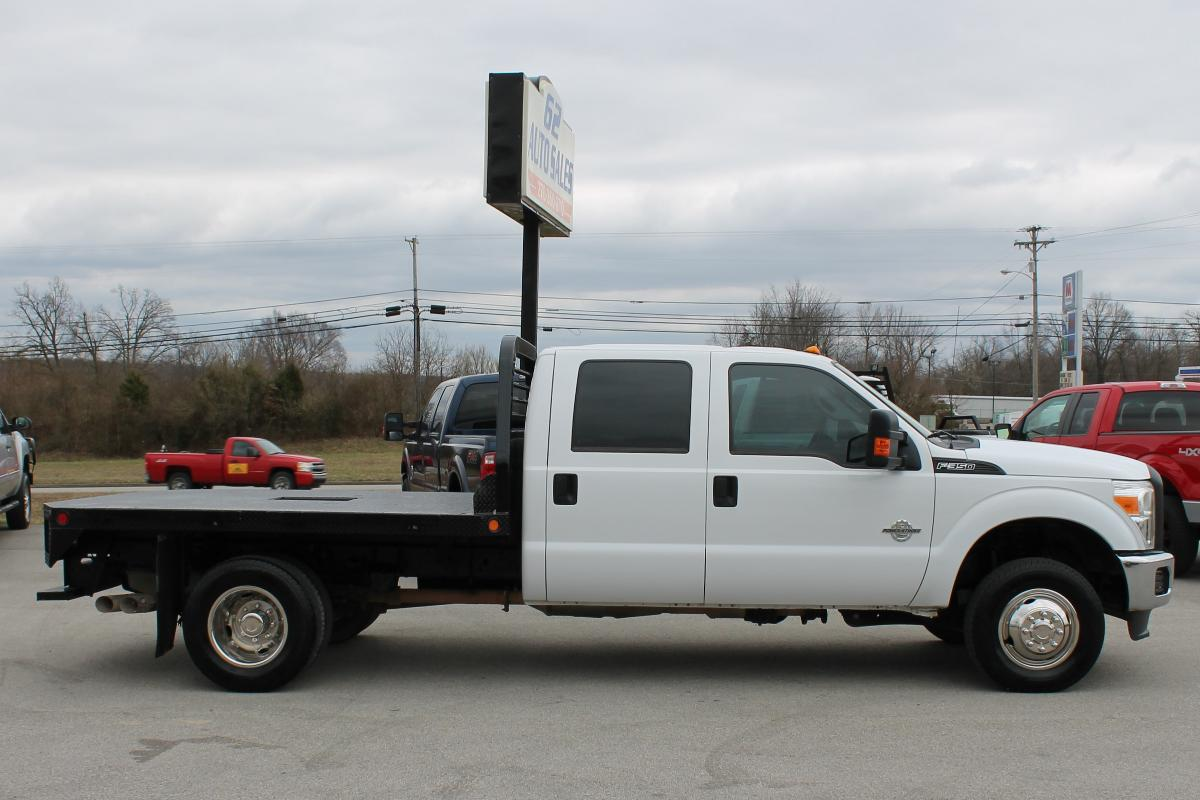 Photo 2015 Ford F-350 Crewcab DRW Flatbed 4x4 1 owner #10890
