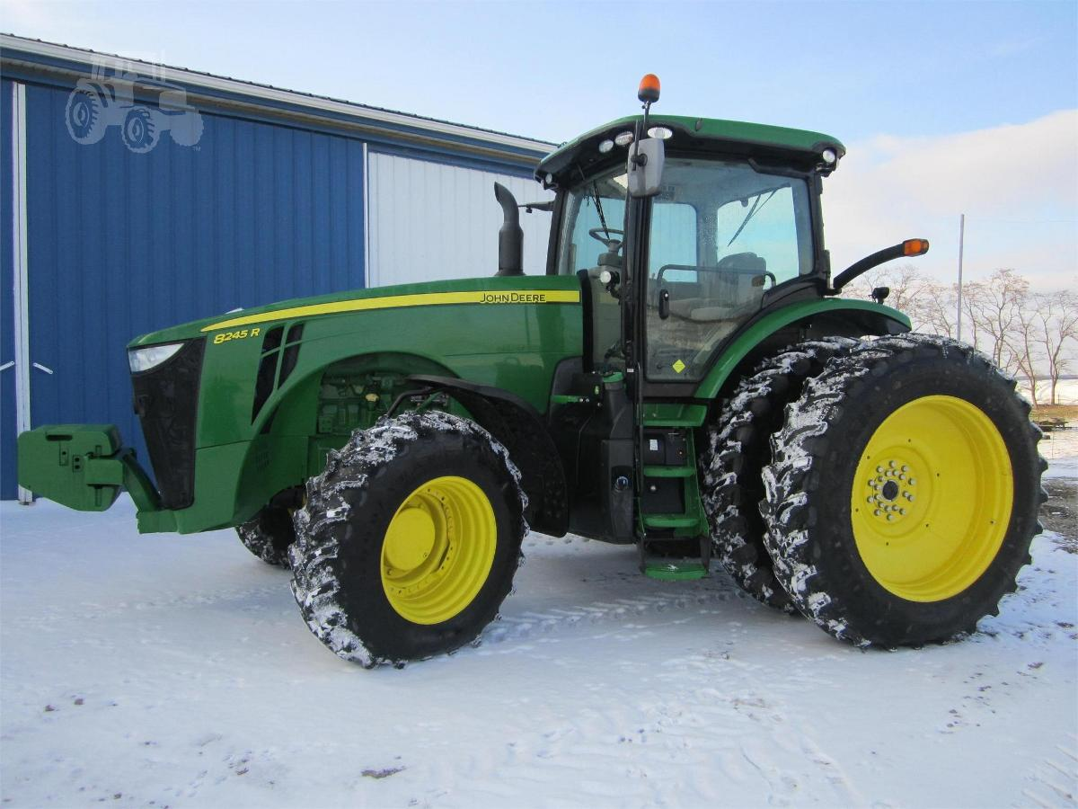 Photo 2015 John Deere 8245R Tractor