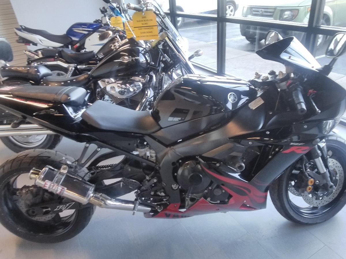 Photo In-house Finance This 2003 Yamaha R1