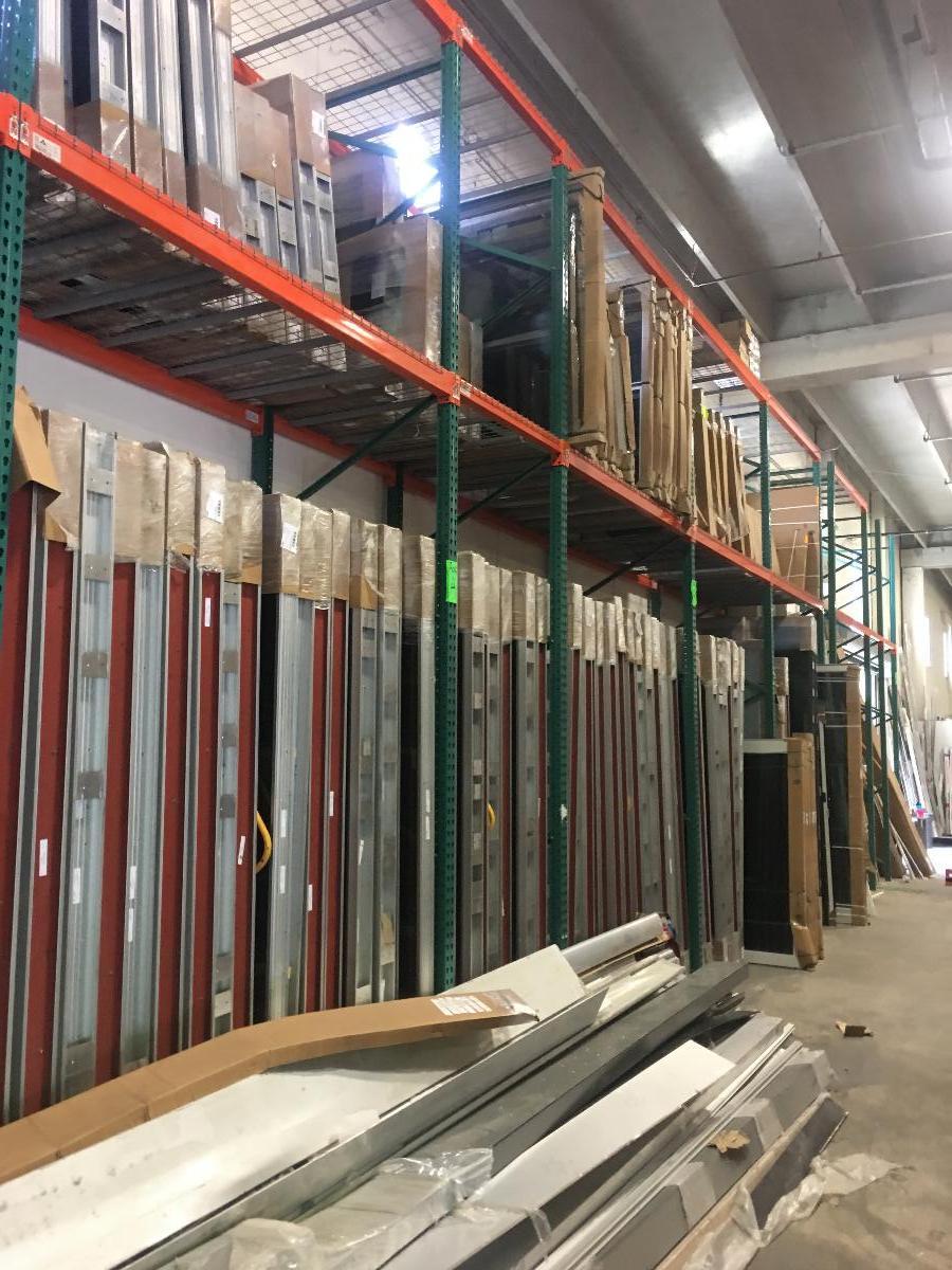 Photo Pallet Racking, Steel Shelving, Heavy Duty Racks for Hurricane Windows, Hurricane Panels, Shutters