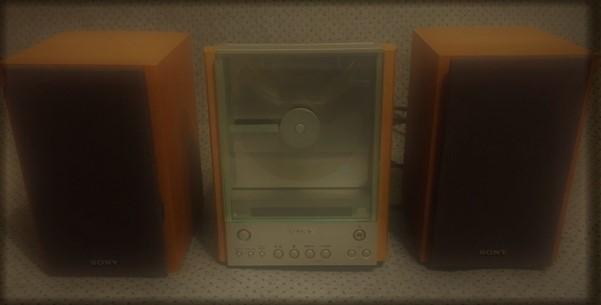 Photo SONY CMT EX1 Mini-CD Player AMFM Radio Bookshelf Stereo ONLY $11!