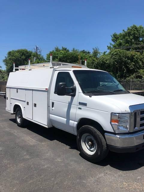 Photo 2012 Ford E350 KUV Utility Commercial Service Van