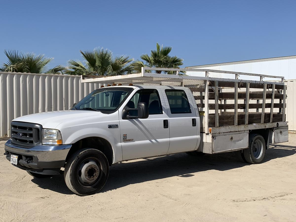 Photo 2004 FORD F550 CREW CAB FLATBED TRUCK #14103202