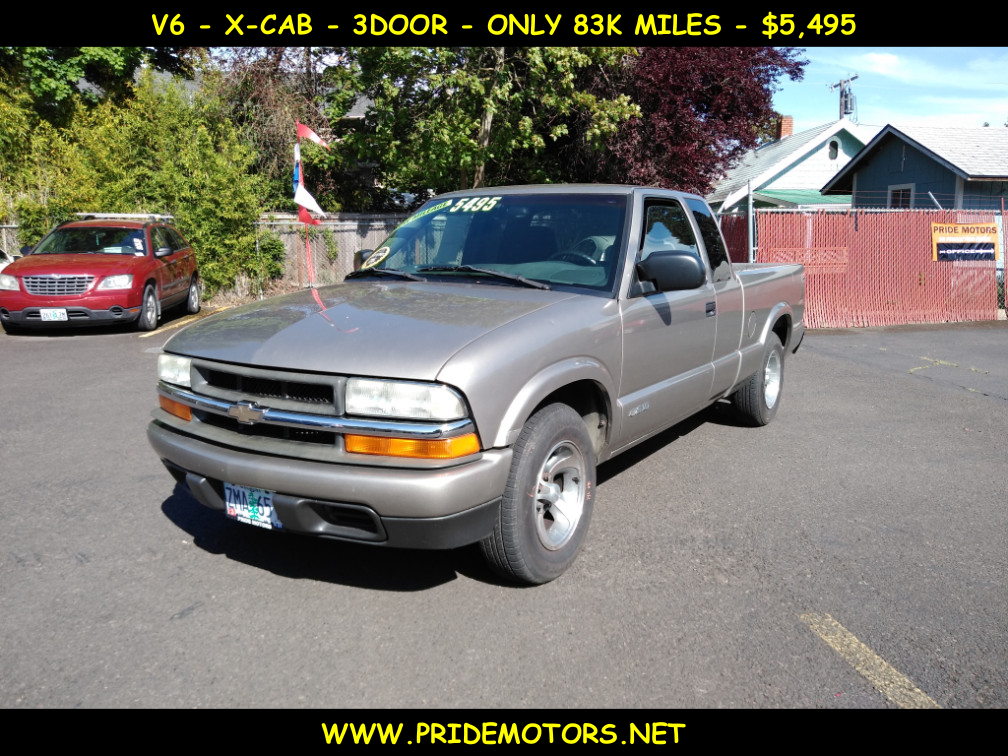 Photo 2003 CHEVROLET S10 X-CAB TRUCK / ONLY 83K MILES